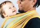 Comment nouer une écharpe de portage en double croisé ?