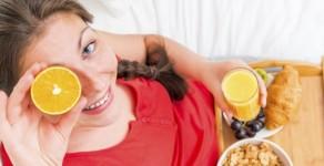Les habitudes alimentaires à adopter après l'accouchement pour retrouver la ligne sans danger